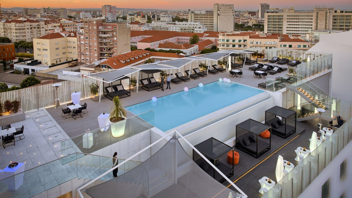 Epic Sana Rooftop Lounge.jpg