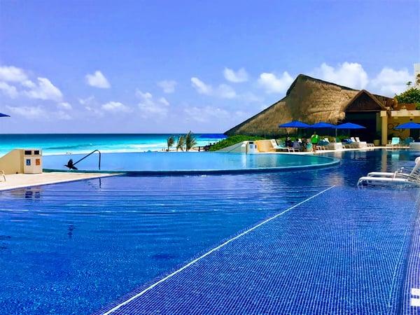 Live Aqua Pool